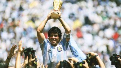 Photo of وفاة أسطورة كرة القدم دييغو مارادونا عن 60 عاما