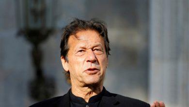 Photo of عمران خان يفوز بتصويت على الثقة في البرلمان الباكستاني
