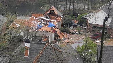 Photo of فيديو .. مصرع 5 أشخاص جراء إعصار ضرب ولاية ألاباما الأمريكية