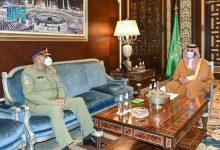 Photo of نائب وزير الدفاع يستقبل قائد الجيش الباكستاني