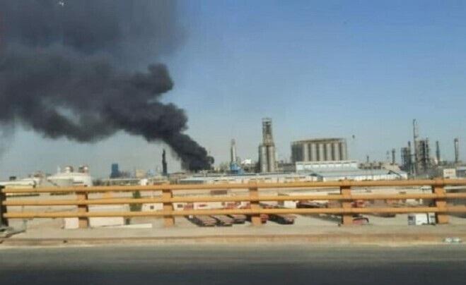 Photo of فيديو .. حريق في مجمع للبتروكيماويات في الأهواز جنوب إيران