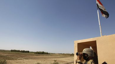 Photo of القوات العراقية تؤكد السيطرة الكاملة على الشريط الحدودي مع سوريا